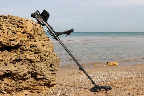 Impact-on-beach-min